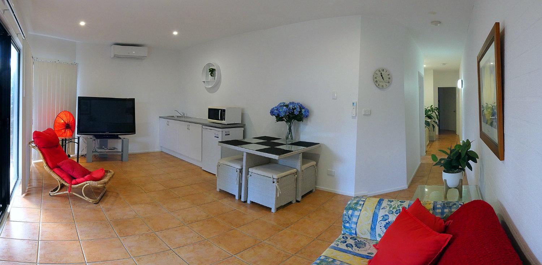 Lounge room-website